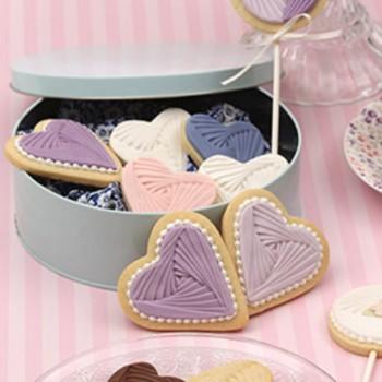 SK Great Impressions Designer Mould Iris Heart by Sarah Joyce