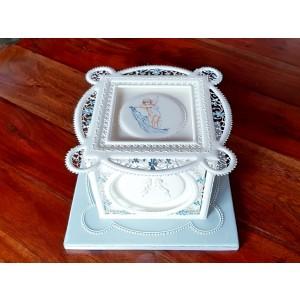 Masterclass Kristina Rado - Panelled Square Cake