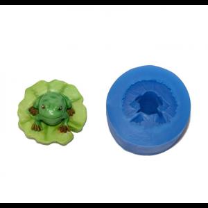 First Impressions Lilipad Frog
