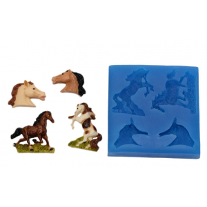 First Impressions Horse Set