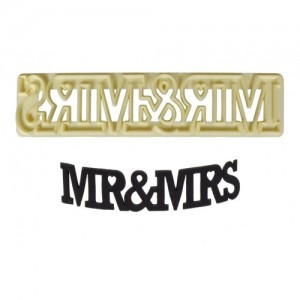 FMM Curved Words Cutter Mr & Mrs
