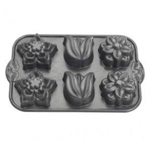Nordic Ware Bakvorm Floral Bouquet Cupcake Pan