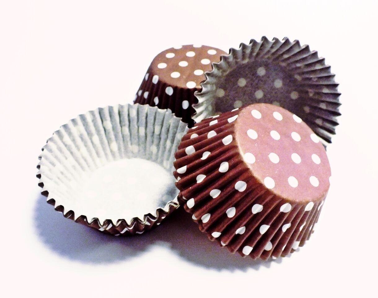 PME Brown Polka Dots Standard Baking Cases Pk/60