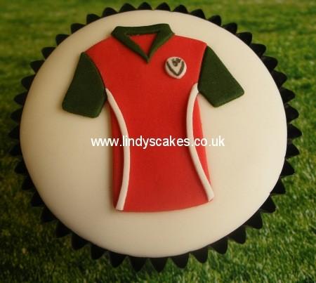 Lindy Smith Football Shirt & T-Shirt Cutter